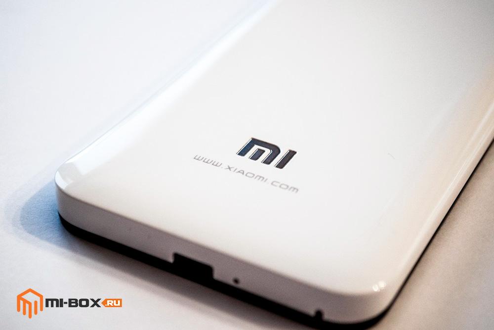 Обзор Xiaomi Mi 2 - логотип