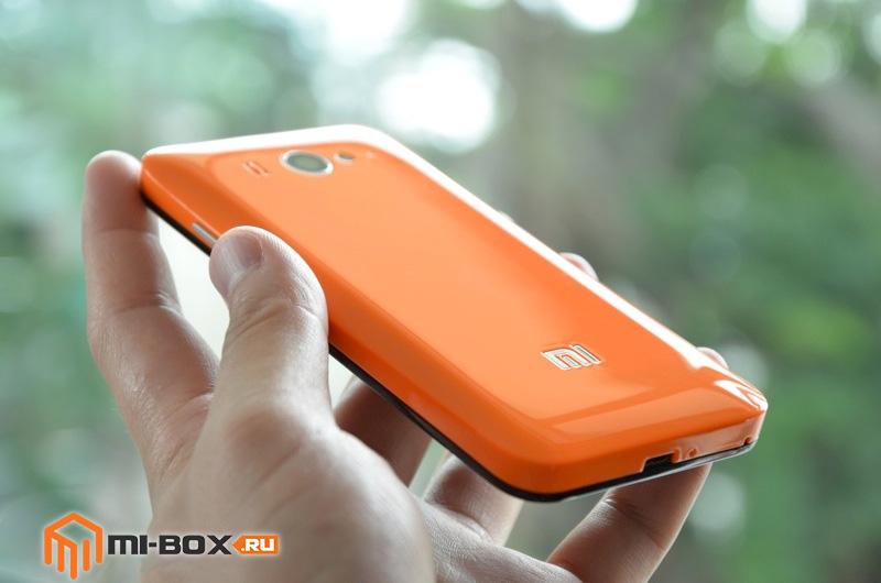 Обзор Xiaomi Mi 2S - задняя сторона