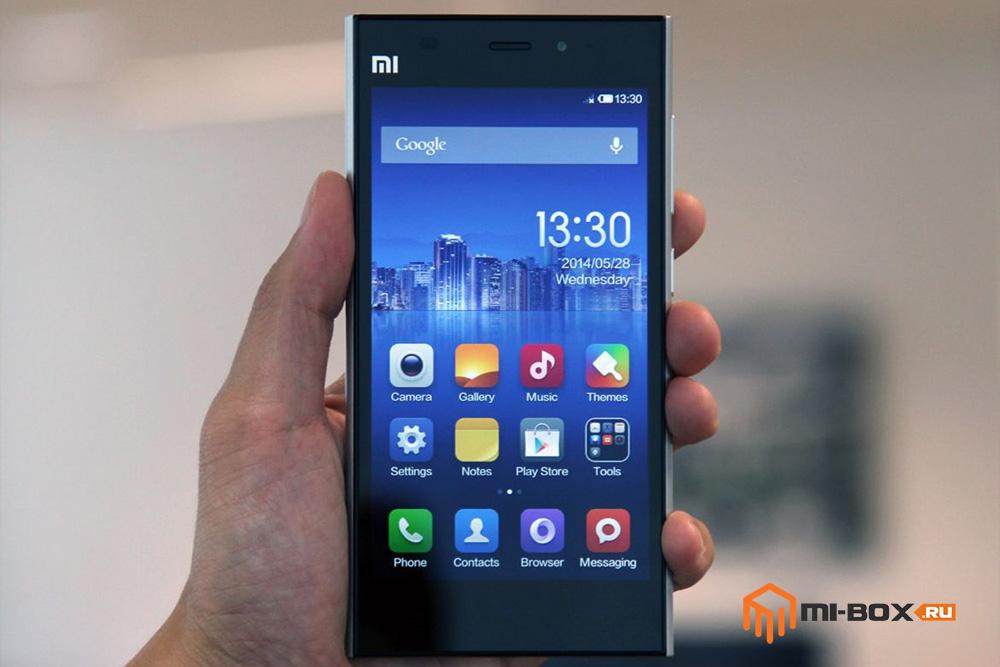 Обзор Xiaomi Mi 3 - передняя сторона