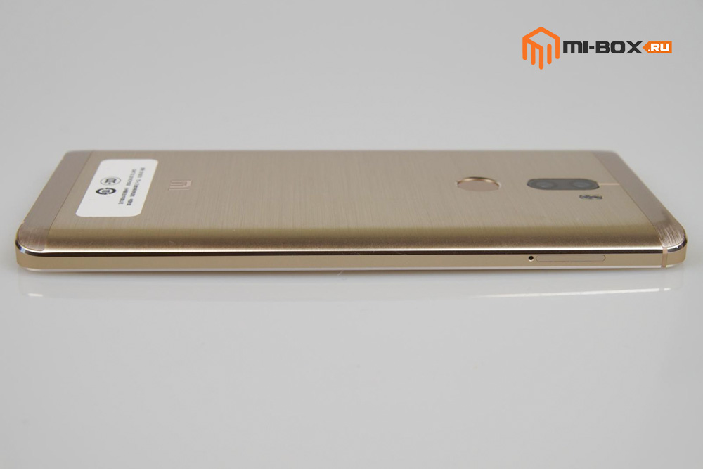 Обзор Xiaomi Mi 5s Plus - левая грань