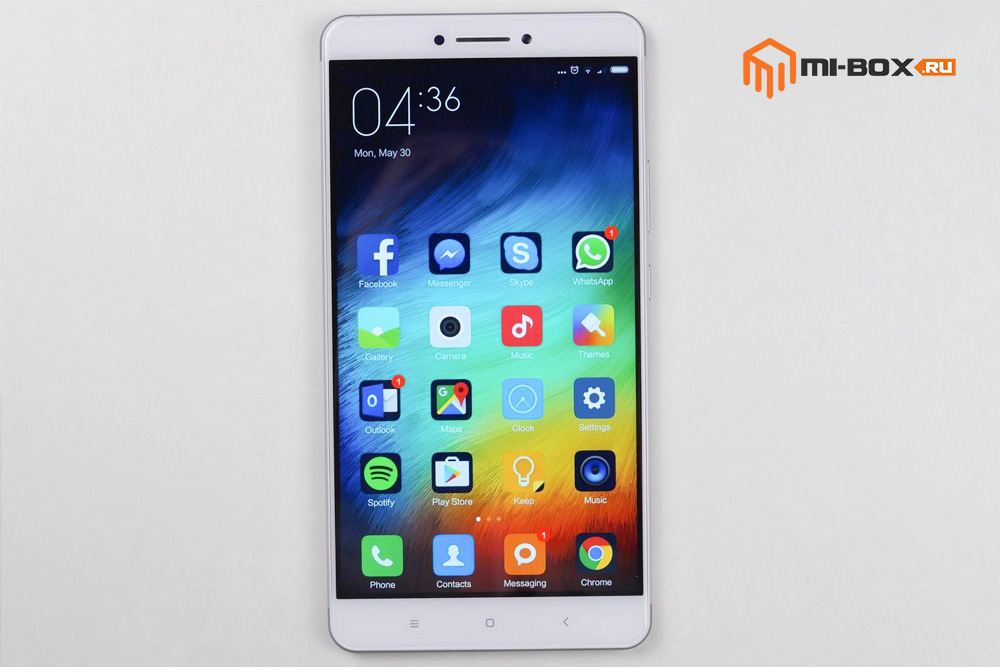Обзор Xiaomi Mi Max - передняя сторона
