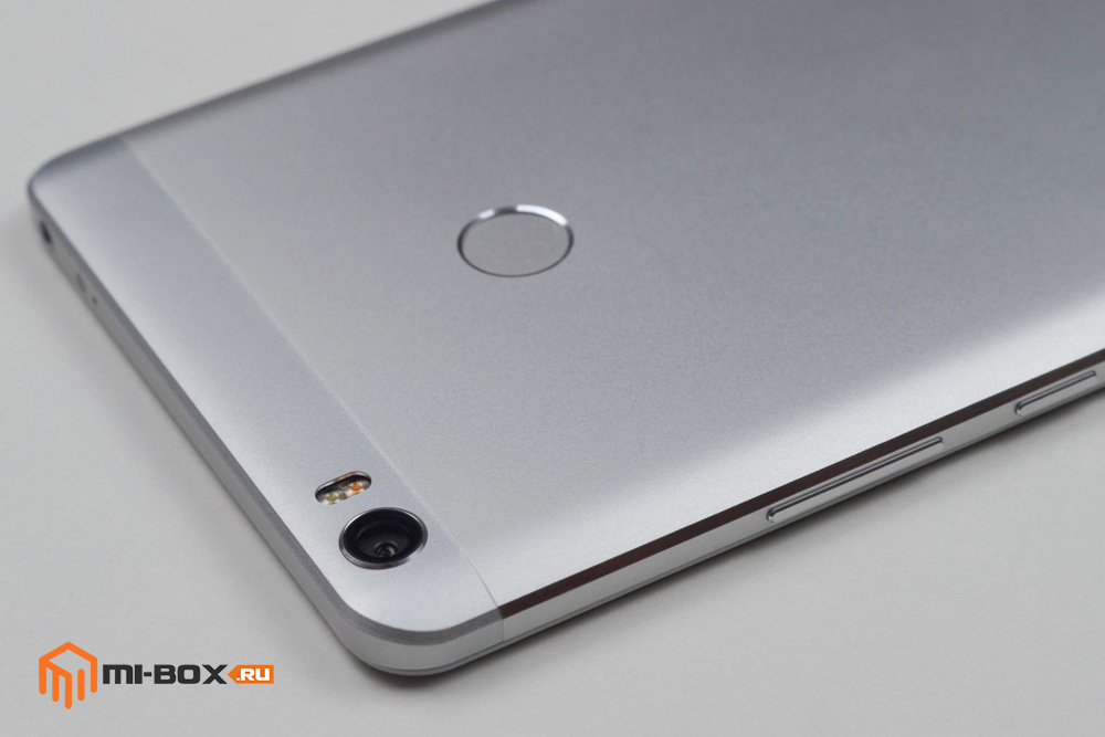 Обзор Xiaomi Mi Max - правая грань