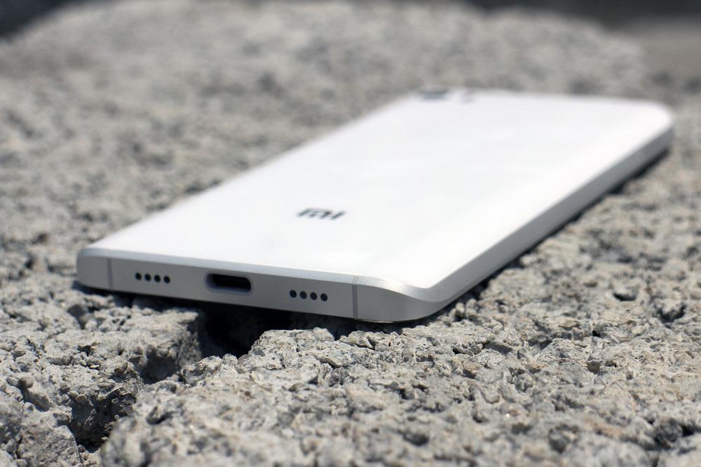 Обзор Xiaomi Mi5 - нижняя грань