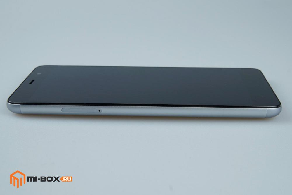 Обзор Xiaomi Redmi Note 3 Pro - левая грань