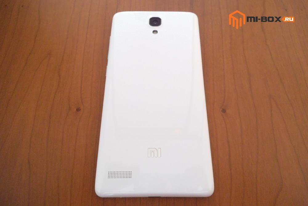 Обзор Xiaomi Redmi Note - задняя сторона