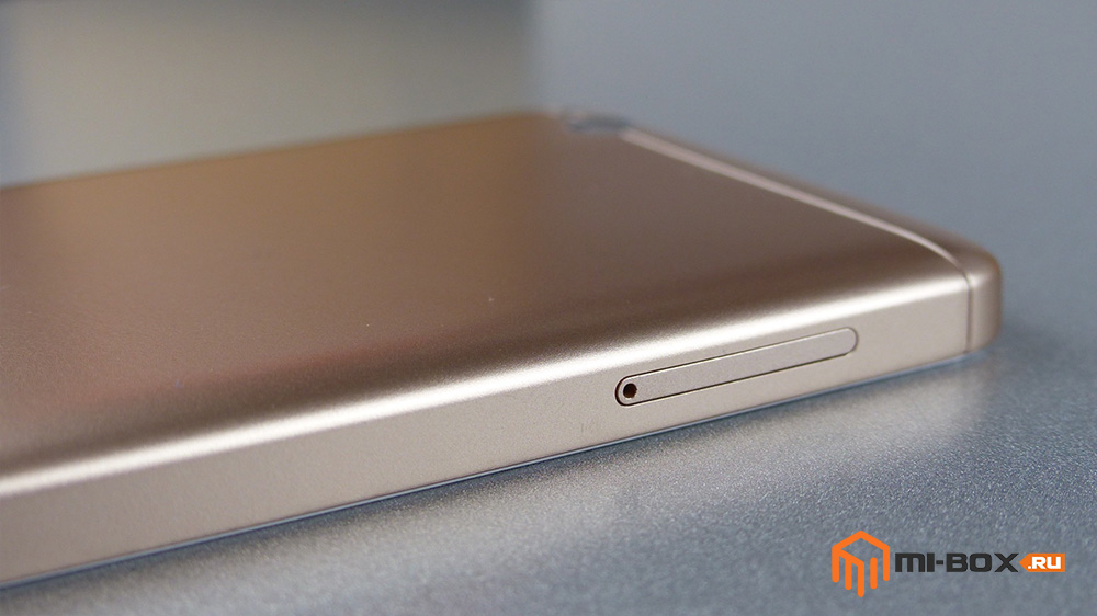 Обзор Xiaomi Redmi 4a - левая грань