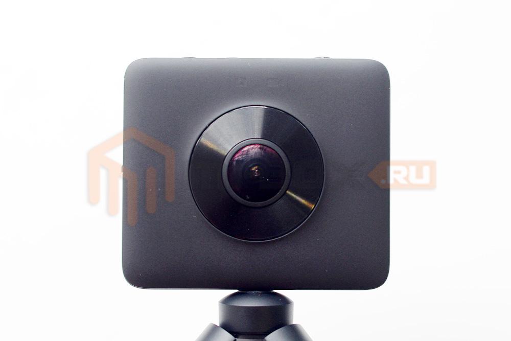 Xiaomi Mi Sphere 360 Camera - передняя сторона
