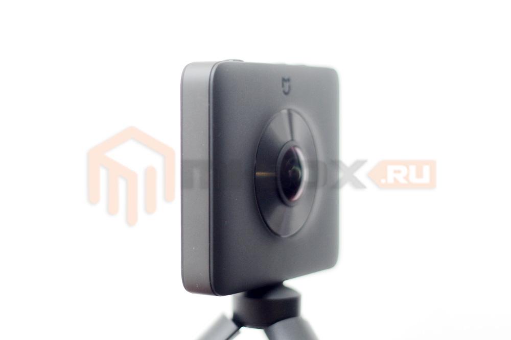 Xiaomi Mi Sphere 360 Camera - правая грань