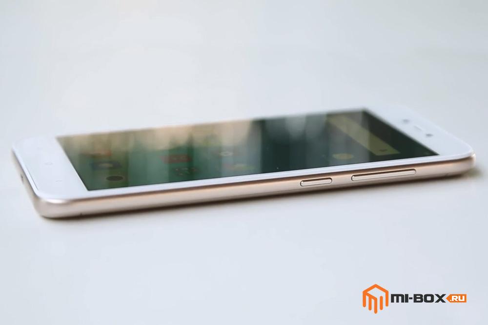 Обзор Xiaomi Redmi 5a - правая грань