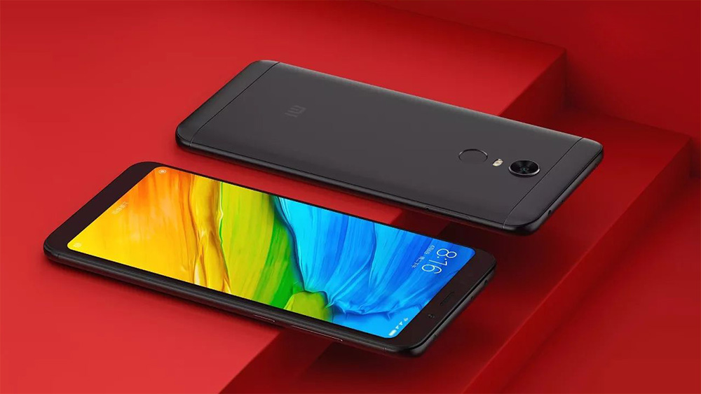 Xiaomi Redmi 5 Plus - передняя и задняя сторона