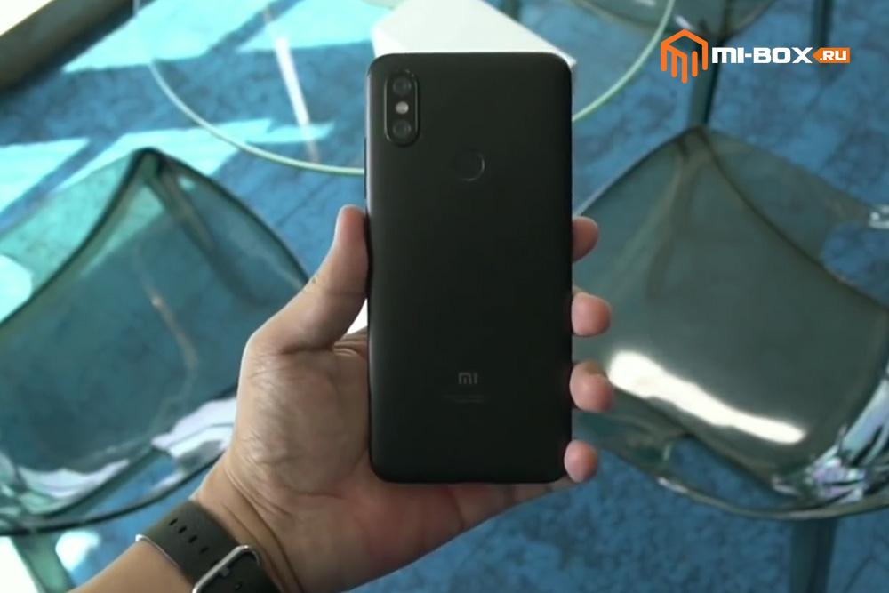 Смартфон Xiaomi Mi 6x - задняя грань