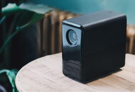Mijia Projector — компактный проектор от Xiaomi