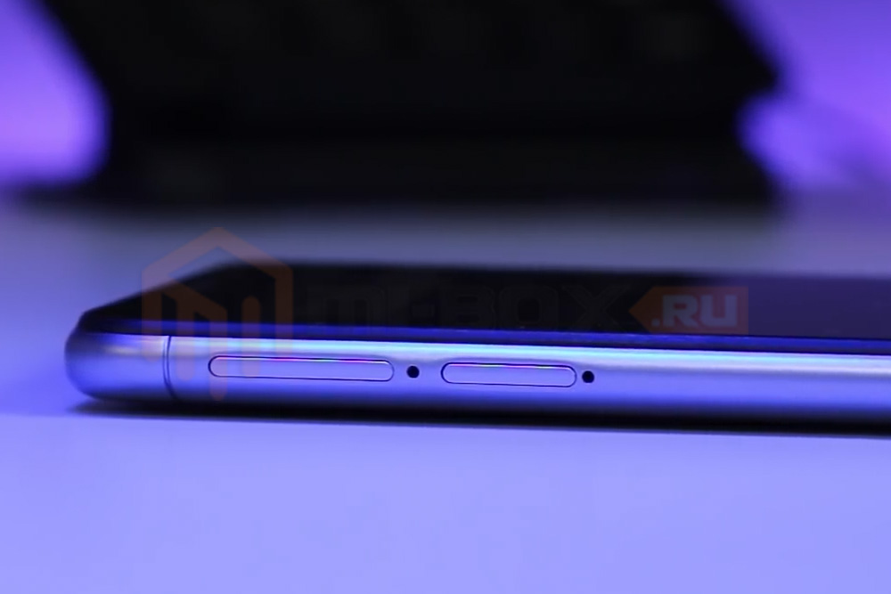 Обзор смартфона Xiaomi Redmi 6 - левая грань