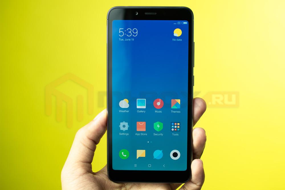 Обзор смартфона Xiaomi Redmi 6a - передняя сторона