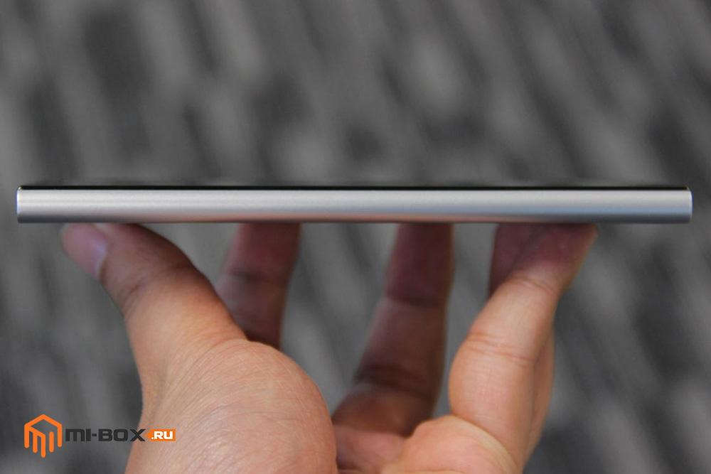 Обзор Xiaomi Mi 3 - левая грань