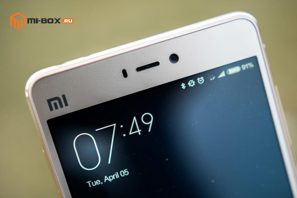 Обзор Xiaomi Mi 4S - верхняя часть дисплея