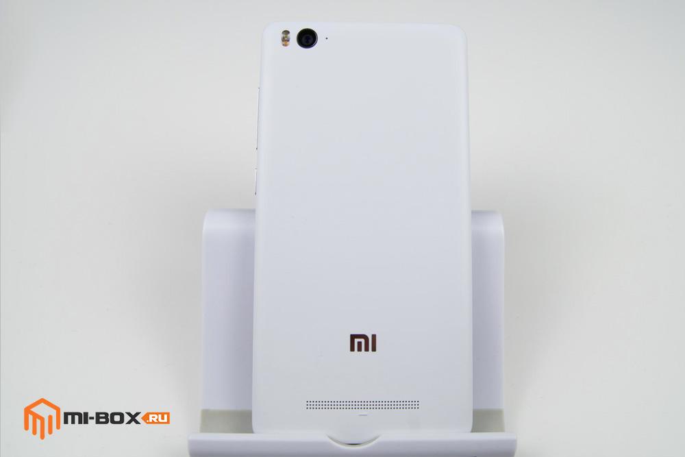 Обзор Xiaomi Mi 4c - задняя сторона