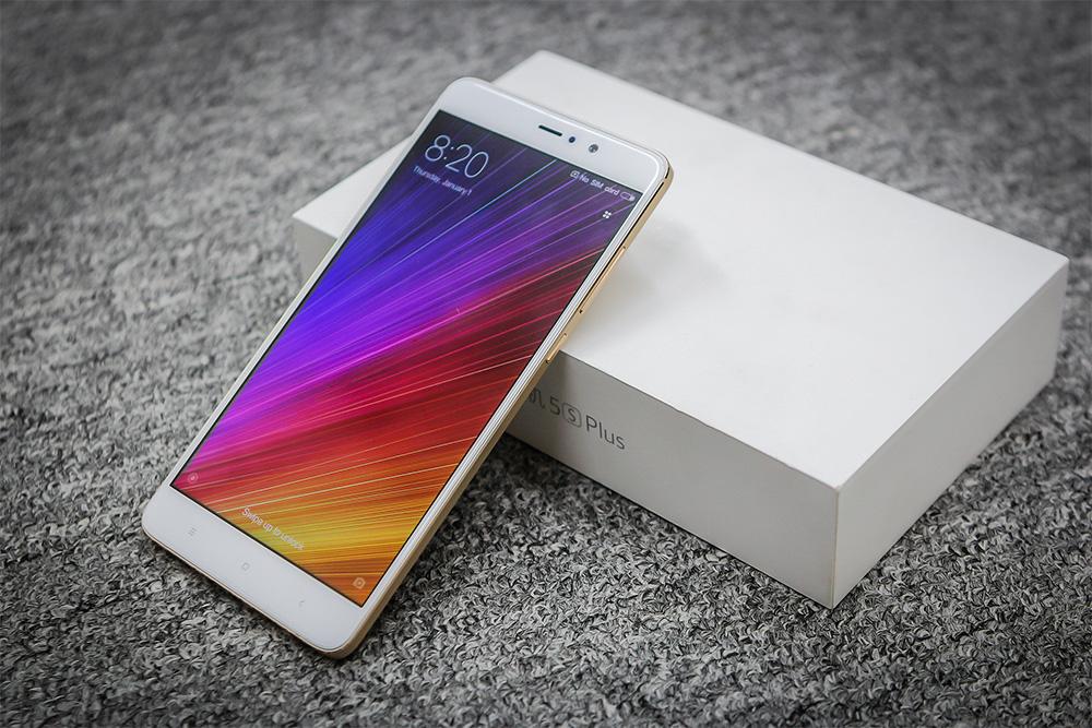 Обзор Xiaomi Mi 5s Plus - дисплей