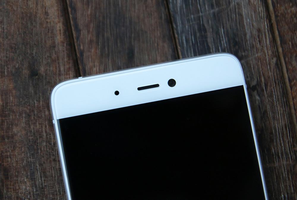 Обзор Xiaomi Mi 5s - фронтальная камера