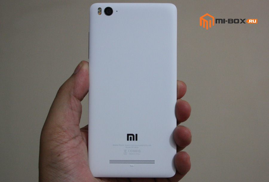 Обзор Xiaomi Mi 4i - задняя сторона