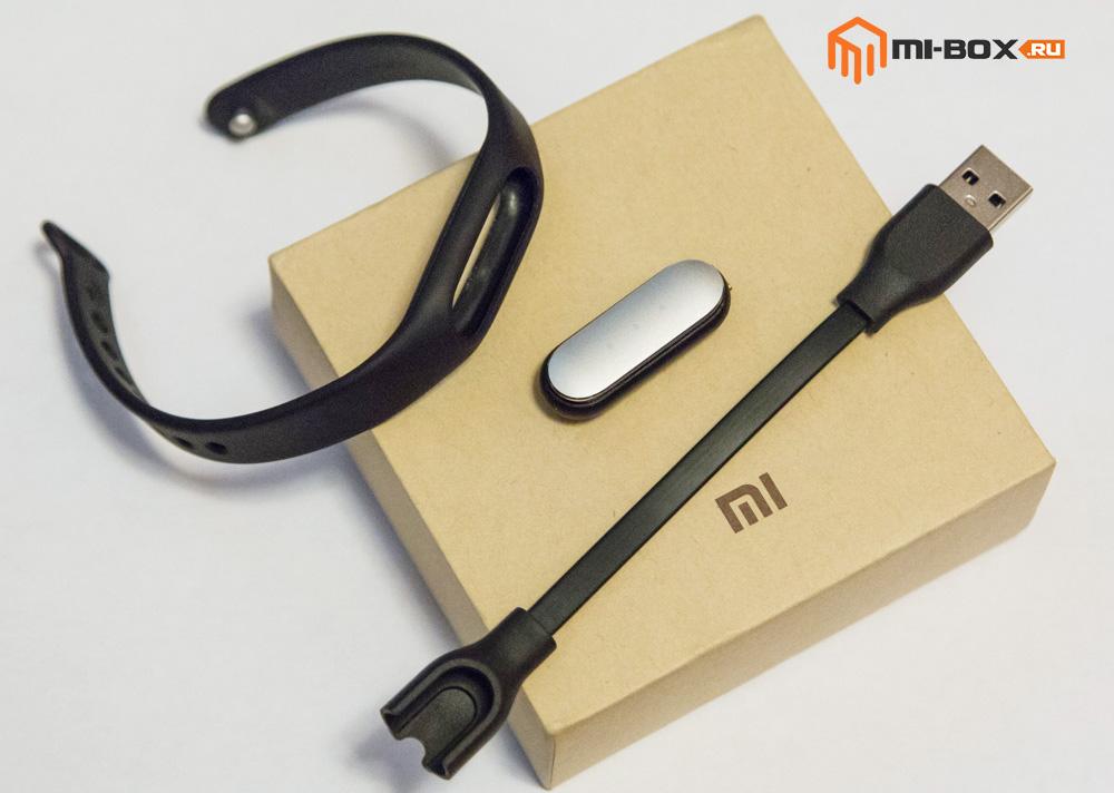 Обзор Xiaomi Mi Band 1S Pulse - комплектация