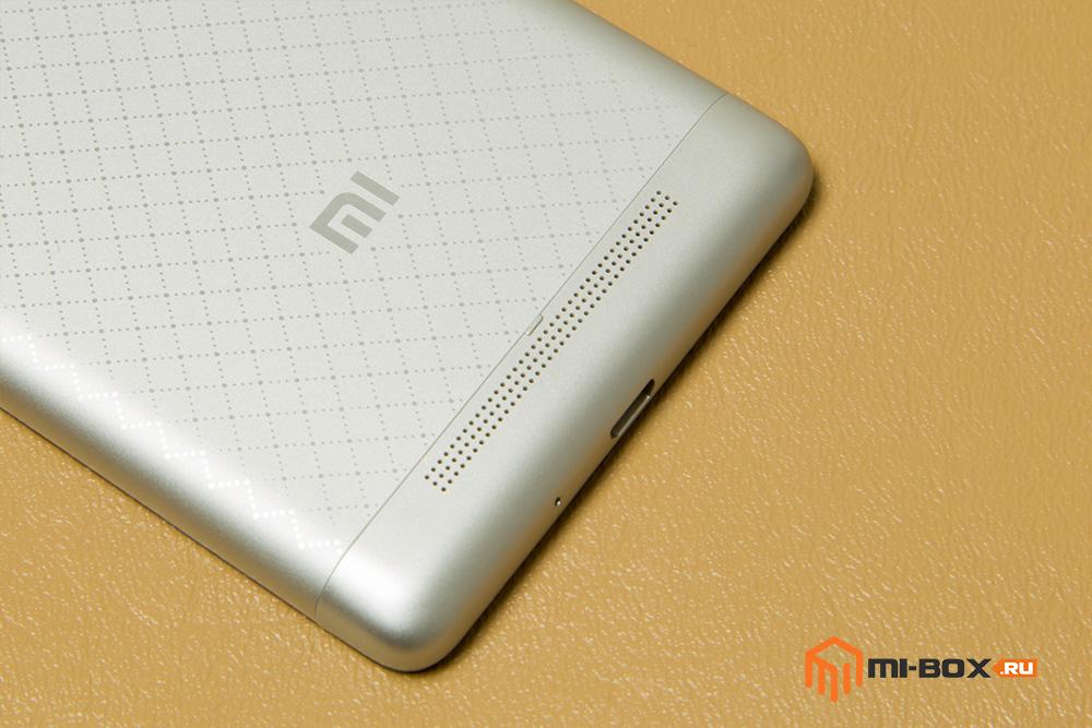 Обзор Xiaomi Redmi 3 - логотип и решетка динамика