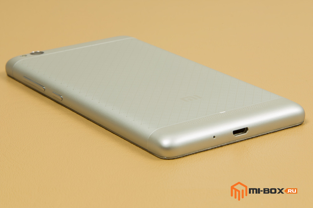 Обзор Xiaomi Redmi 3 - нижняя грань