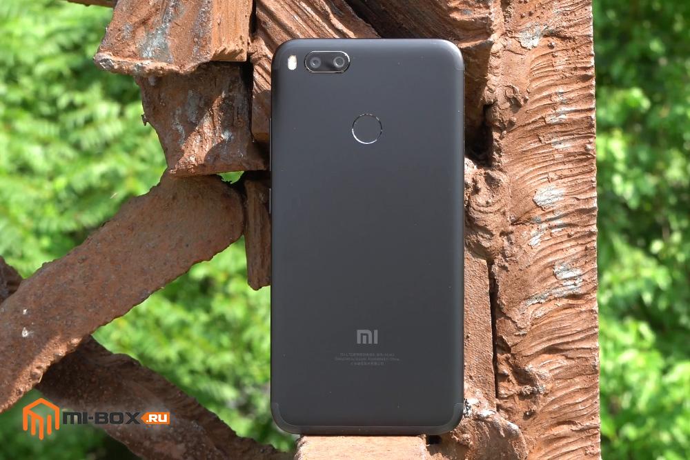 Обзор Xiaomi Mi 5x - задняя сторона