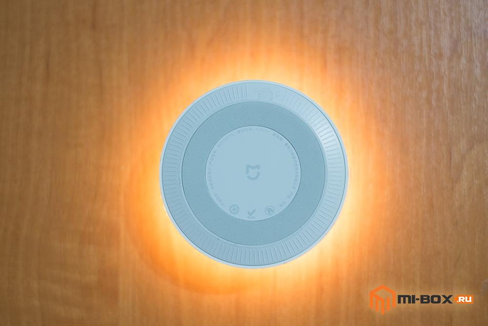 Светильник Xiaomi Night Light - задняя сторона