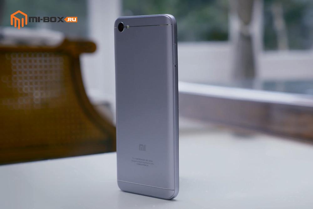 Обзор Xiaomi Redmi Note 5a - левая грань