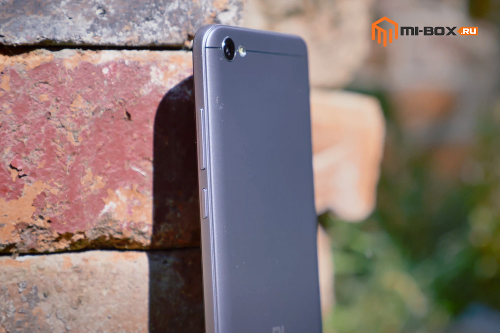 Обзор Xiaomi Redmi Note 5a - правая грань