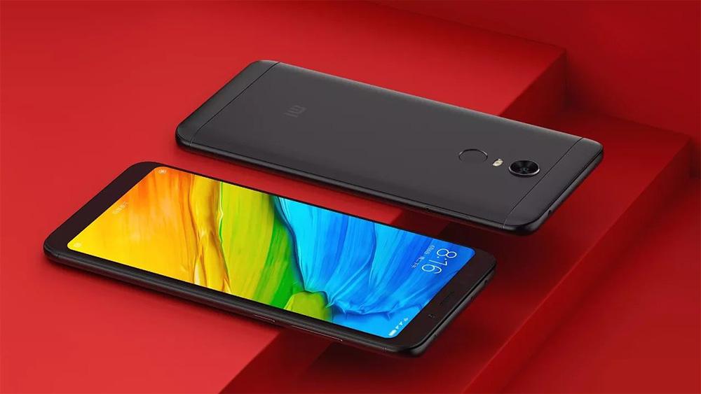 Xiaomi Redmi 5 Plus - передняя и задняя сторона