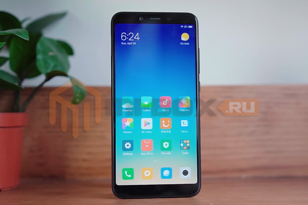 Обзор Xiaomi Mi 6x - передняя сторона