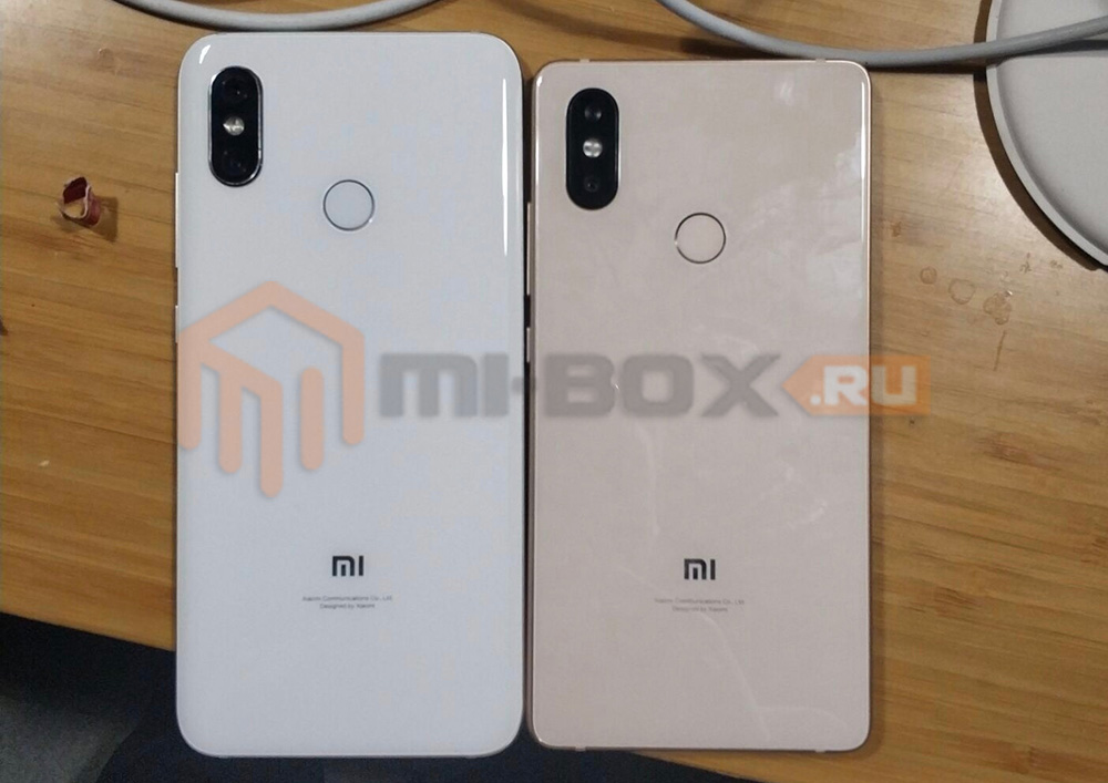 Появились живые фотографии Xiaomi Mi7