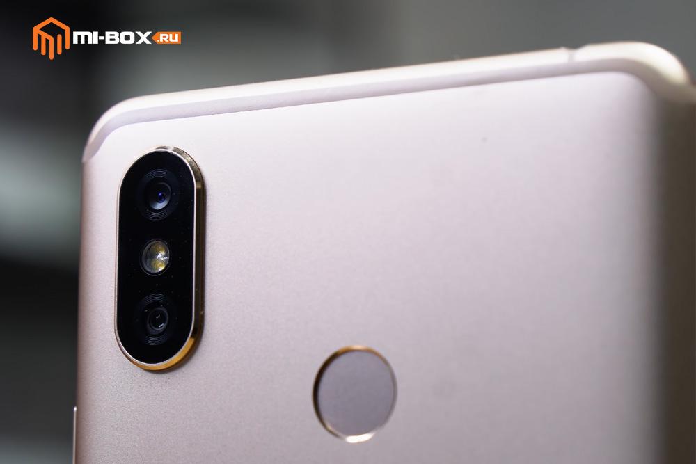 Обзор Xiaomi Mi Max 3 - камера со вспышкой и сканер отпечатков