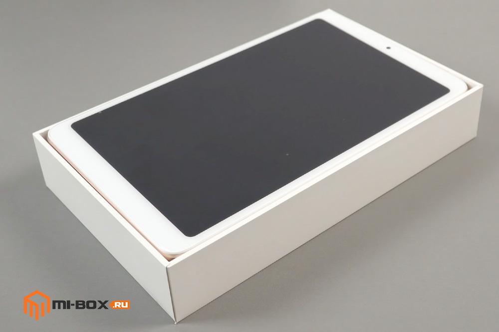 Обзор Xiaomi Mi Pad 4 - комплектация
