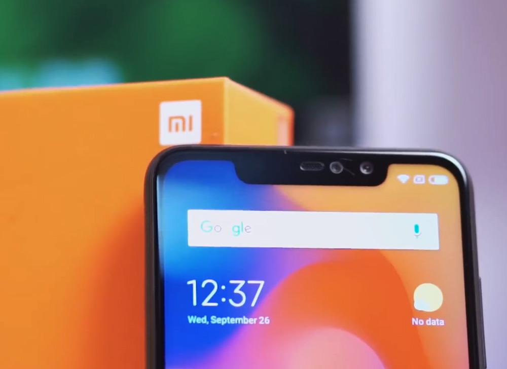 Смартфоны Xiaomi с монобровью