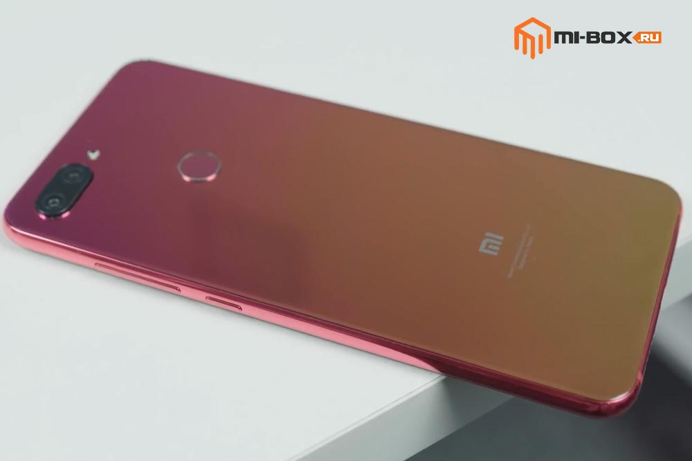 Обзор Xiaomi Mi 8 Lite - задняя сторона